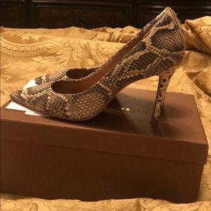 """Coach heels 4""""  100 heels"""